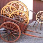 Handkarren mit neuen Rädern und Buchsenlochfräse